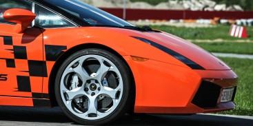 Za co kochamy włoskie samochody?