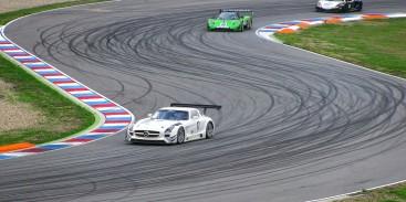 Jak jeździć po torze wyścigowym?