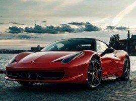 Ferrari Italia na torze wyścigowym